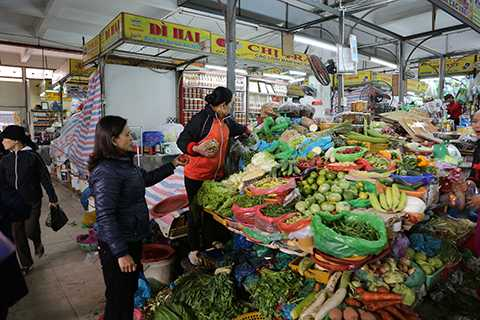 Giá rau xanh đội giá từ 2-3 lần so với ngày thường