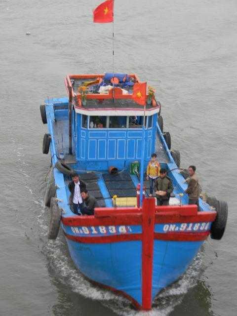 Mỗi chiếc tàu, thuyền của ngư dân Hoàng Sa - Trường Sa của Việt Nam có giá trị tiền tỷ.