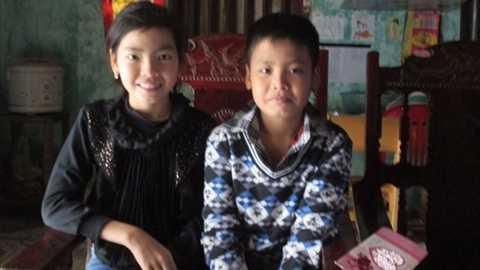 Hai chị em Ly mong muốn Tết được gần bố mẹ chứ không phải là gặp qua màn hình iPad.