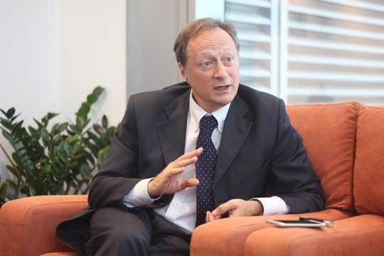 Đại sứ Bruno Angelet đã có một thời gian dài gắn bó với Việt Nam - Ảnh: Dương Ngọc