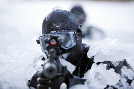 Đặc nhiệm Hàn Quốc tập luyện trong băng
