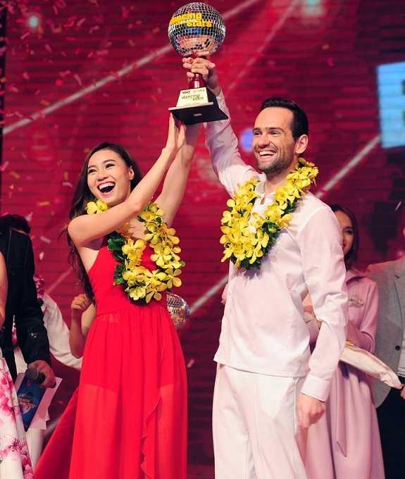 Lan Ngọc giành ngôi quán quân 'Bước nhảy hoàn vũ 2015'.