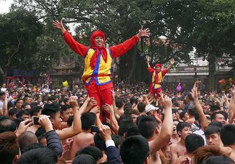Cảnh sát hình sự Hà Nội sẽ bí mật bảo vệ tại các lễ hội. Ảnh minh họa: Quý Đoàn.