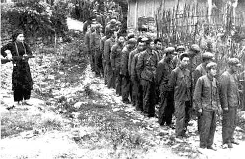 Tù binh Trung Quốc tại Cao Bằng.    Ảnh tư liệu