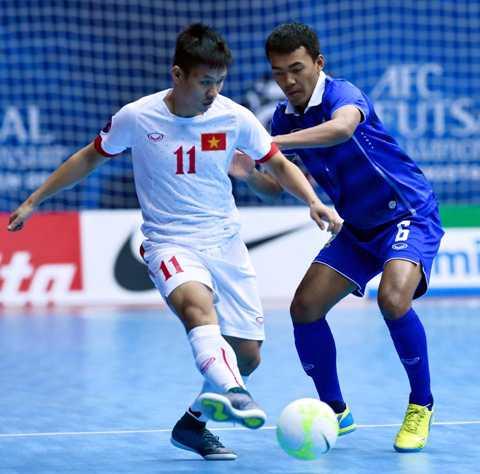 Việt Nam và Thái Lan có trận tranh ngôi đầu bảng C giải futsal châu Á 2016 sau khi cả hai đều giành chiến thắng ở 2 trận đấu trước đó.