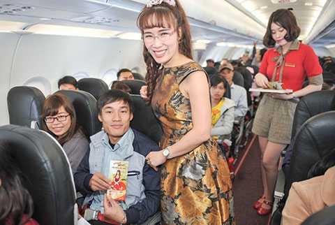 Hành khách đón Giao thừa trên máy bay