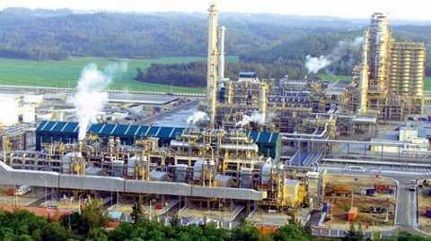 Siêu dự án lọc hóa dầu luôn gây tranh cãi