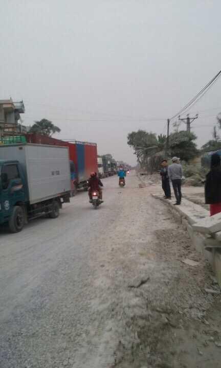 Việc người dân chặn đường gây ùn tắc nghiêm trọng nhiều km