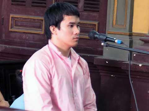 Huỳnh Quyết Tâm tại tòa.