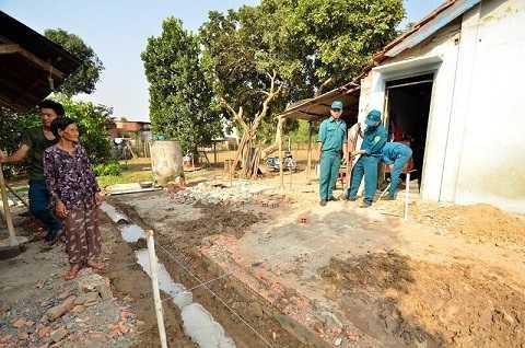 Theo thiết kế, căn nhà mẹ Oanh có diện tích gần 56m2, với kinh phí xây dựng dự kiến khoảng 80 triệu đồng, hoàn thành trong vòng 1 tháng.