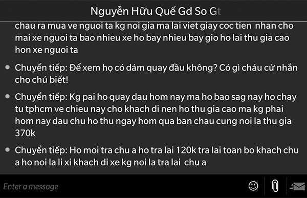 Tin nhắn giữa ông Nguyễn Hữu Quế và hành khách phản ánh việc lợi dụng dịp Tết để thu tiền sai quy định (ảnh chụp màn hình điện thoại).