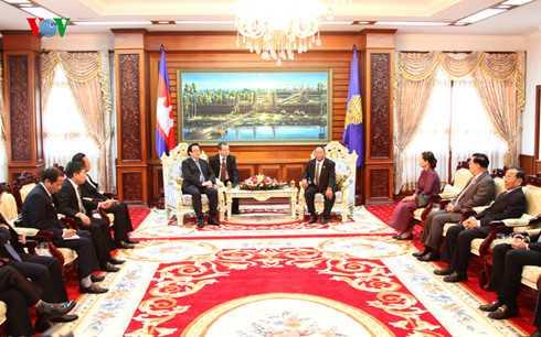 Chủ tịch Quốc hội Campuchia tiếp ông Hoàng Bình Quân