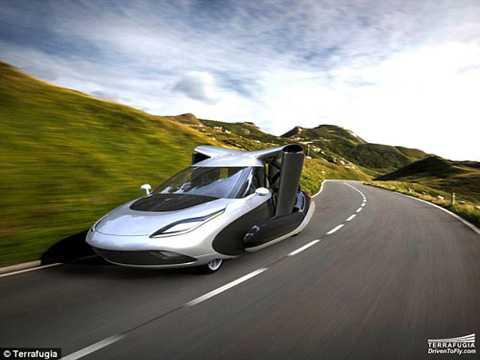 TF-X vừa có thể chạy trên đường bộ như bất cứ chiếc xe hơi nào, vừa có thể cất cánh lên không trung - Ảnh: Terrafugia