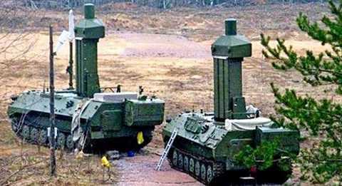 Hai xe trong tổ hợp tác chiến điện tử Borisoglebsk-2 của Nga.