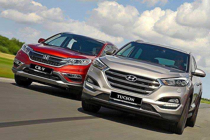 Hyundai Tucson và Honda CR-V là 2 đối thủ vốn không lạ gì nhau