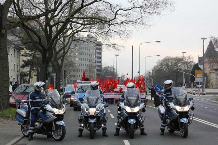 Cảnh sát Đức làm nhiệm vụ hỗ trợ trong cuộc biểu tình