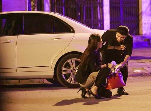 Quế Vân bị bắt gặp đi chơi đêm với Ưng Hoàng Phúc.