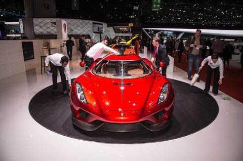 Tuy nhiên, điểm nổi bật của Regera lại là những công nghệ mà Koenigsegg đã tích hợp đằng sau lớp vỏ của chiếc xe, nhằm biến nó trở thành một chiếc