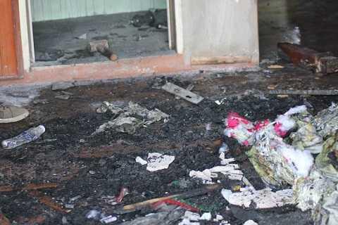Hiện trường vụ cháy khiến hung thủ và cháu Quỳnh Anh tử vong