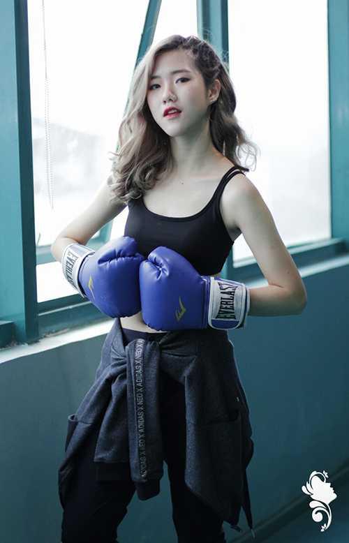 Phan Quỳnh Hương (PR33) là 1 trong 3 gương mặt nổi trội nhất phần nhảy Wii của vòng thi Thể thao.