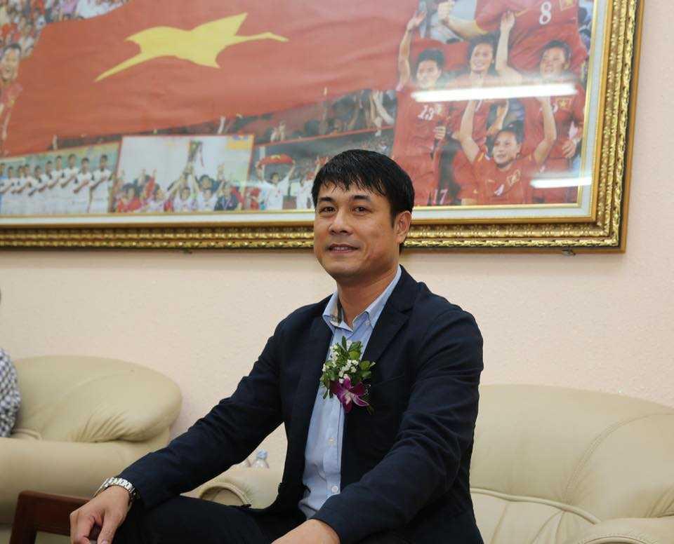 HLV Hữu Thắng có giúp VN vô địch SEA Games? (Ảnh: Quang Minh)