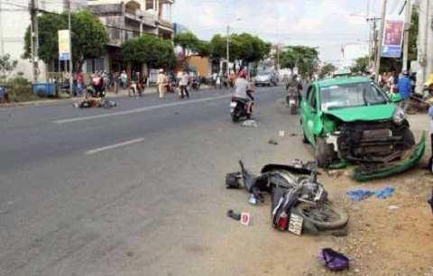 Hiện trường vụ tai nạn liên hoàn(Ảnh:TTO)