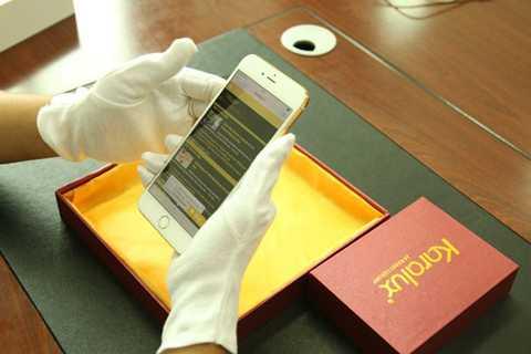 Chi phí cho việc độ bản iPhone 6   nói trên là khoảng 200 triệu đồng. Sẽ chỉ có 9 chiếc iPhone 6 Plus như   vậy được phát hành ra tại thị trường Việt Nam và được đồn rằng đều theo   chủ nhân của những chiếc Rolls-Royce mạ vàng.