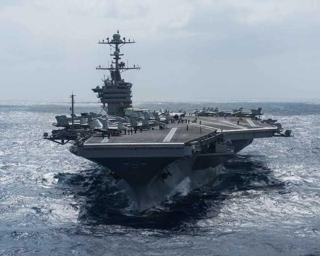 Tàu sân bay USS John C. Stennis hoạt động gần vùng biển Philippines ngày 25/2
