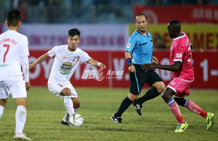 Hà Nội thua 0-5 HAGL trận mở màn V-League (Ảnh: Quang Minh)