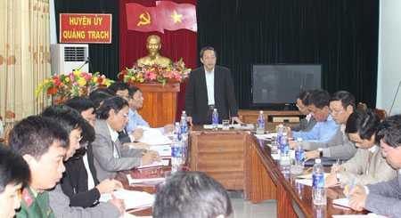 Ông Hoàng Đăng Quang - Bí thư Tỉnh ủy Quảng Bình làm việc với Ban thường vụ Huyện ủy Quảng Trạch