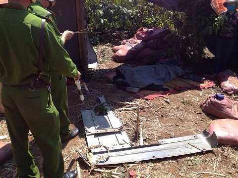 Tài xế xe tải tử vong tại hiện trường - Ảnh:Thanh Hải