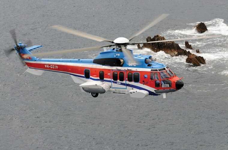 Trực thăng vận tải EC225 của Tổng Công ty   Trực thăng Việt Nam do Airbus sản xuất, hiện dùng cho hoạt động bay du   lịch, bay dầu khí
