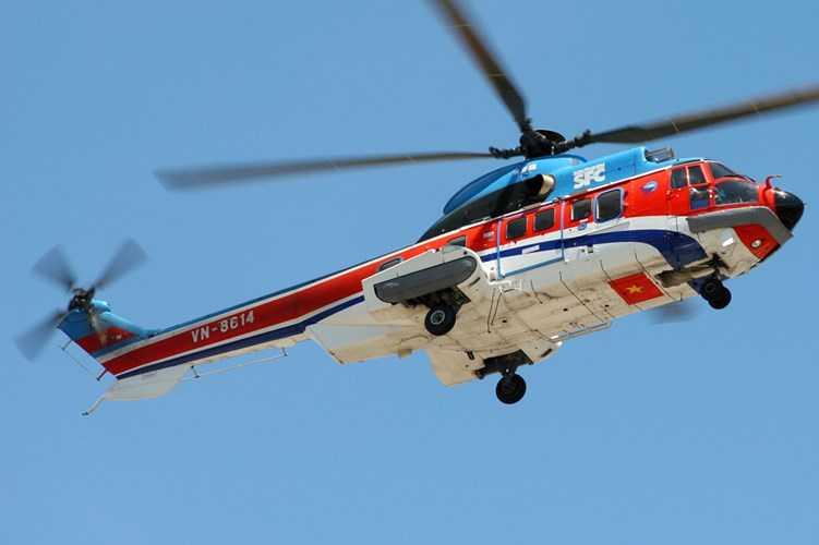 Super Puma AS332L của Việt Nam, trang bị hai động cơ Makila 1A2 cho tầm bay tới gần 1.000km