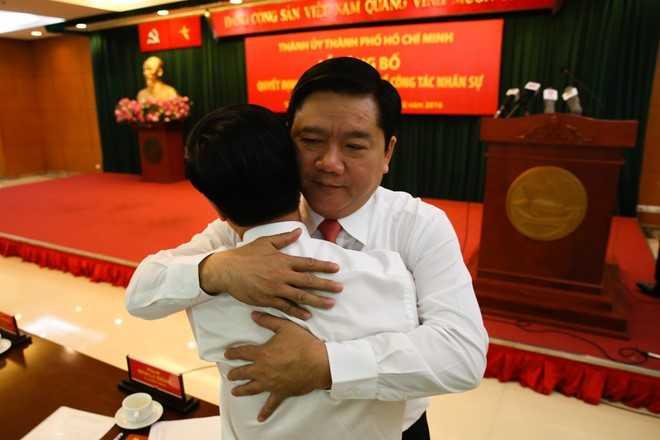 Bí thư Thăng và ông Võ Văn Thưởng, Trưởng Ban Tuyên giáo Trung ương, tại lễ công bố quyết định nhân sự của Bộ Chính trị ngày 5/2. Ảnh: Hải An.