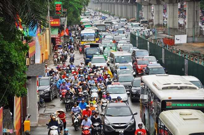 Ông Hoàng Trung Hải cho rằng, dân số và phương tiện cá nhân ở Hà Nội đang tăng trưởng