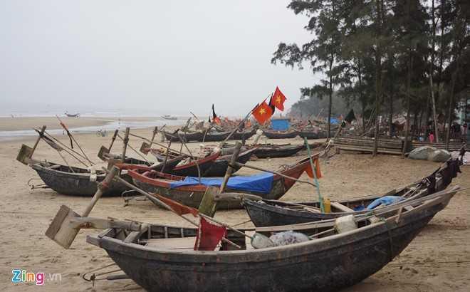 Bến đậu thuyền của ngư dân được yêu cầu di dời. Ảnh: Nguyễn Dương.