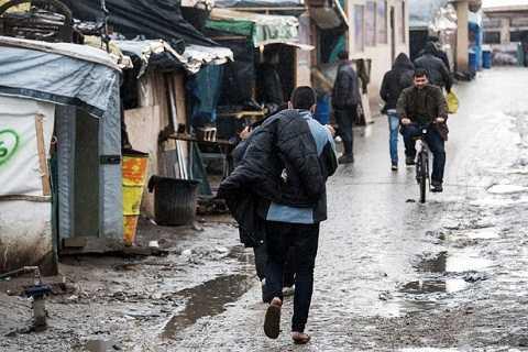 Trẻ tị nạn phải đối mặt với nguy cơ bị lạm dụng tình dục hay rơi vào tay các băng nhóm buôn người