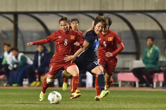 Sau bàn thắng lịch sử, các nữ tuyển thủ Việt Nam thi đấu kiên cường nhưng không thể bảo toàn tỷ số hòa.
