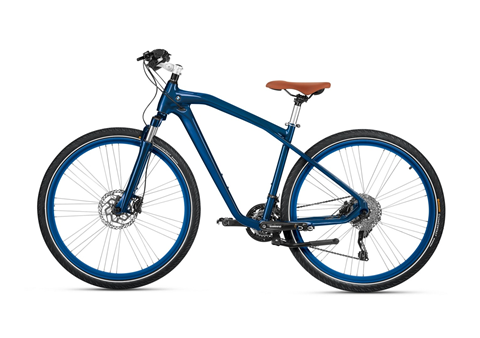Xe đạp Cruise Bike phiên bản 2016 của BMW có thiết kế đơn giản với màu xanh dương trẻ trung, năng động