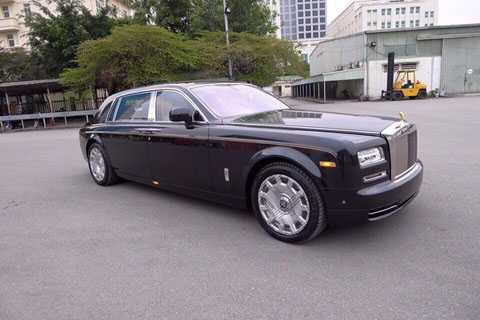 Rolls-Royce Phantom II về Hà Nội giữa tháng 2. (Ảnh: Dongbv)