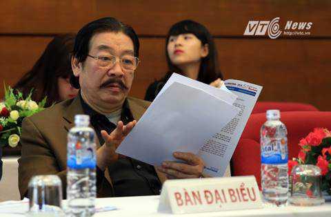 Ông Nguyễn Hồng Minh, nguyên Vụ trưởng Vụ Thể thao thành tích cao dự họp báo (Ảnh: Thành Phạm)