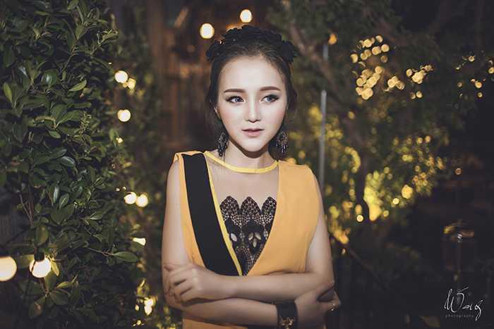 Bắt đầu theo nghiệp DJ từ năm 19 tuổi, đến nay Phạm Hoàng Kim Uyên đã có 2 năm kinh nghiệm trong nghề.