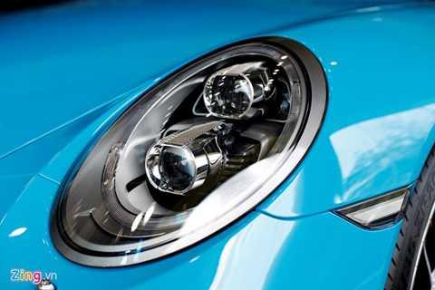 Hệ thống đèn pha thông minh full LED là xu hướng trên những mẫu xe hiện đại thời gian gần đây.