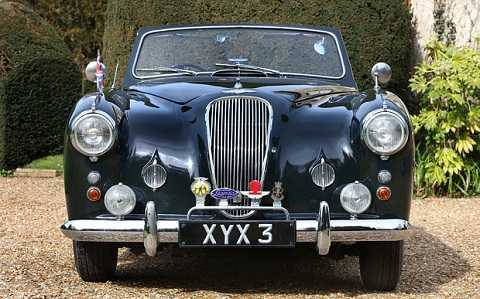Động cơ và thân xe của Aston Martin Lagonda đã được tân trang.