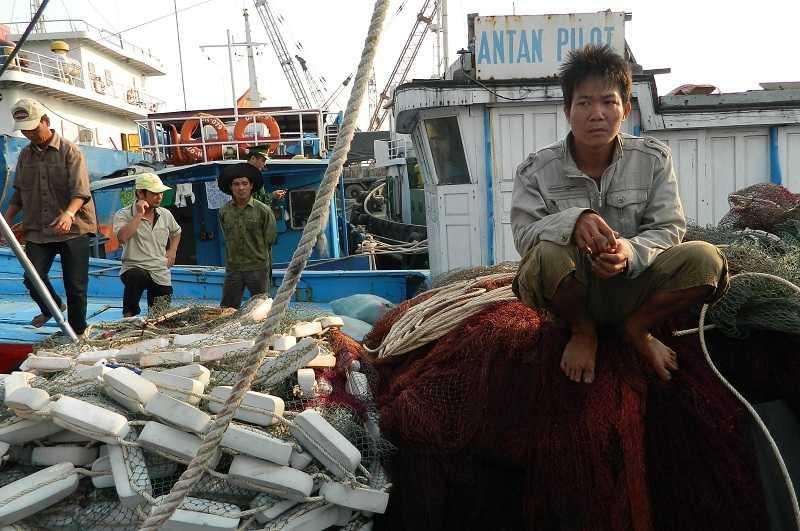 Các ngư dân trên tàu cá QNa 91939 đang mong muốn sớm được quay trở lại biển Hoàng Sa để đánh bắt.