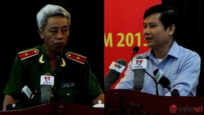 Thiếu tướng Phan Anh Minh (trái) và ông Lê Minh Trí.