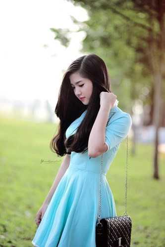 Nguyễn Trần Như Ý được biết đến không chỉ bởi ngoại hình xinh đẹp mà còn rất đa tài. Cô đảm nhiệm làm cả MC, diễn viên, người mẫu ảnh.