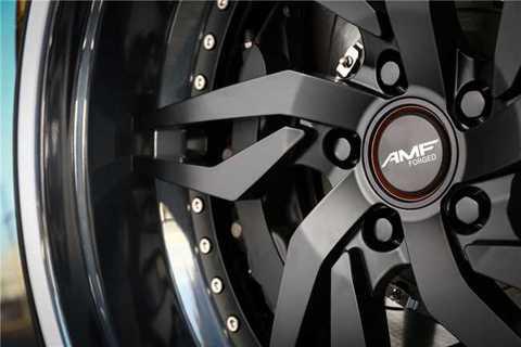 AMF cung cấp 4 sự lựa chọn kích thước bánh xe từ 19-22 inch, mỗi bánh xe có giá khoảng 1.150 USD.
