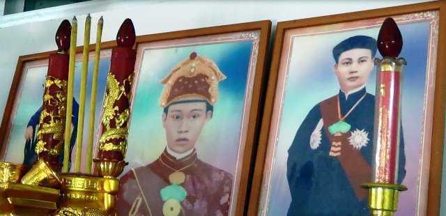 Bàn thờ vua Thành Thái trong nhà ông Bảo Tài tại Cần Thơ.