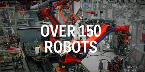 Có tới hơn 150 robot khác nhau làm việc tại nhà máy này